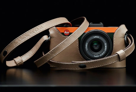 Leica X2 Edisi Special Paul Smith