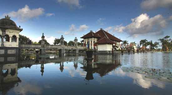 Tempat Favorit Foto Prewedding Bali