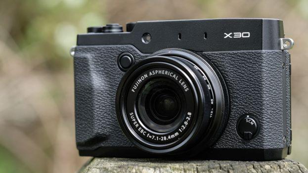 Spesifikasi Fujifilm X30